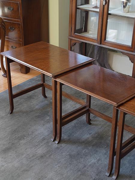 KX123 アンティーク マホガニーネストテーブル
