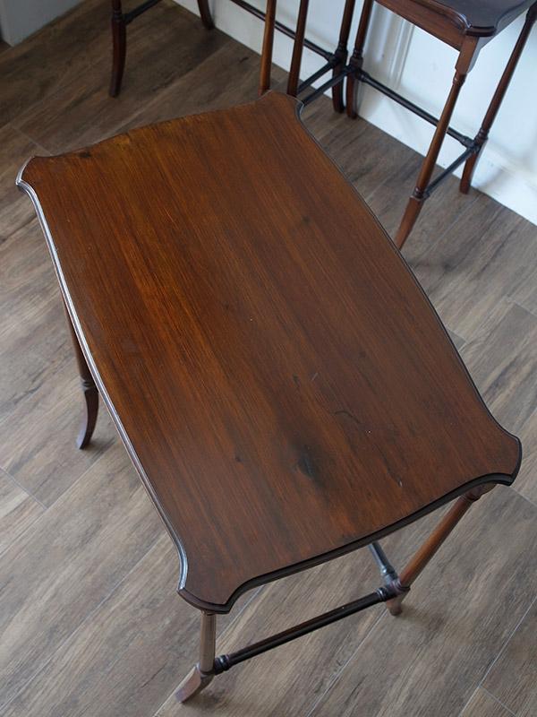 KE115 アンティーク マホガニーネストテーブル