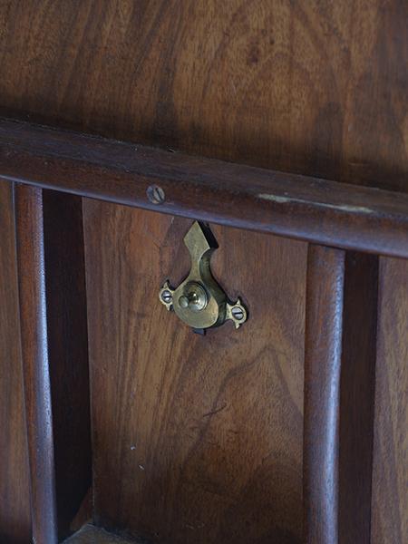 KF161 アンティーク マホガニー トライポッドテーブル