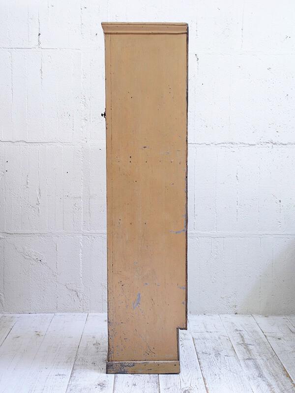 KG2 アンティーク フレンチパインペイントカップボード