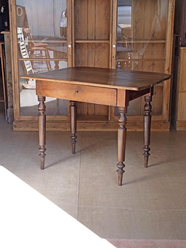 KP16 アンティーク フレンチテーブル
