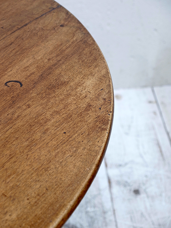 KQ3 アンティーク フレンチラウンドテーブル